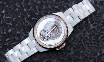 Chanel predstavlja limitirani model: Sat- J12 Flying Tourbillon (FOTO)